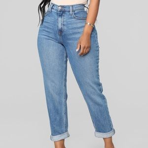 Fashion nova blue mom jeans